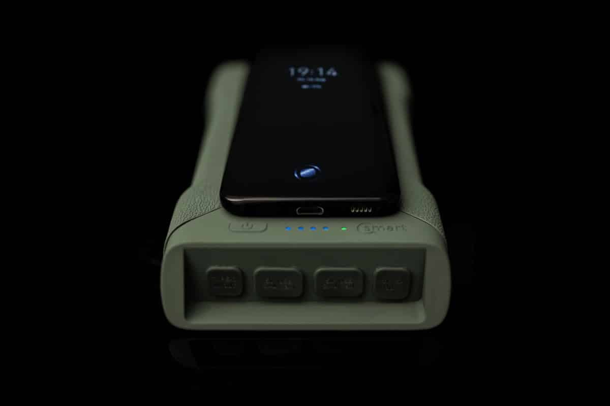 RidgeMonkey Vault C Smart Wireless Powerbank